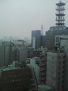 雨の名古屋…