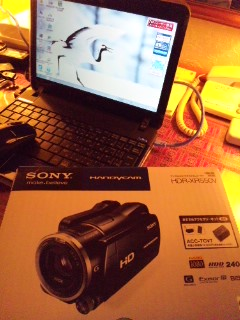 ビデオカメラ…