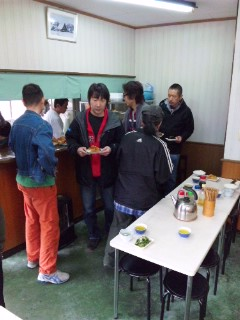 和泉食堂にて…