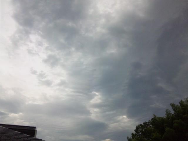 怪しい雲…