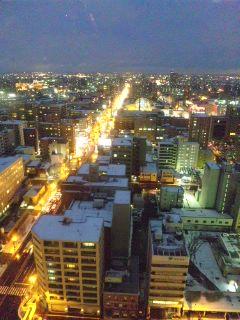 夕暮れ時の札幌の町…