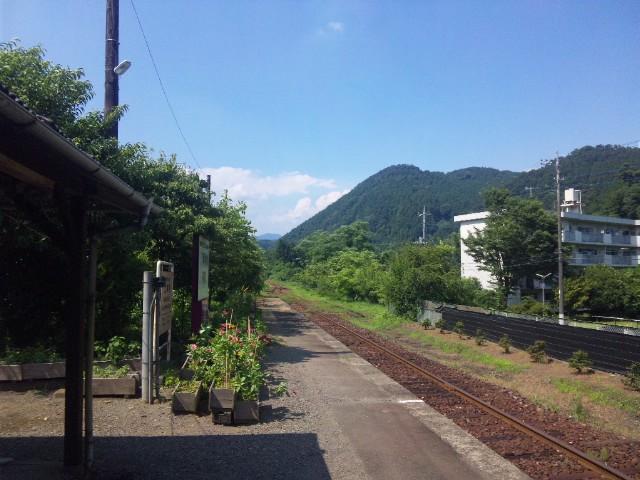 田舎の駅…