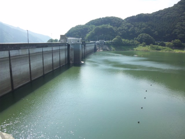草木ダム…