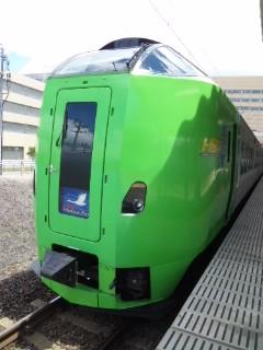 新青森駅にて…