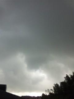 曇り時々雨…